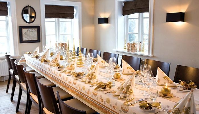 duni tischdeko servietten charm in champagner. Black Bedroom Furniture Sets. Home Design Ideas