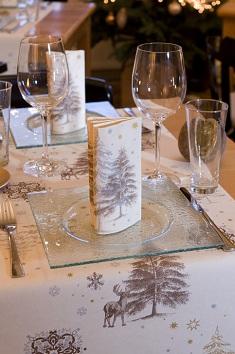 duni tischdeko servietten winter in champagne. Black Bedroom Furniture Sets. Home Design Ideas