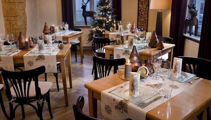 Tischdeko winter geburtstag  Duni Tischdeko Servietten Winter in Champagne | Tafeldeko.de