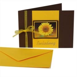 Einladungskarte zum Geburtstag in Gelb/Braun