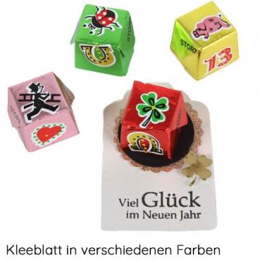 Gastgeschenk Silvester mit Nougatwürfel, Kleeblatt in 7 Farben