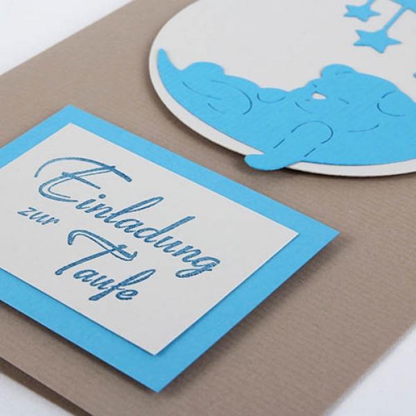 Einladungskarte Taufe Teddy Mond Sterne Tafeldekode
