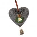 Filzherz mit Hirschkopf und Glocke zum Aufhängen, 75 mm