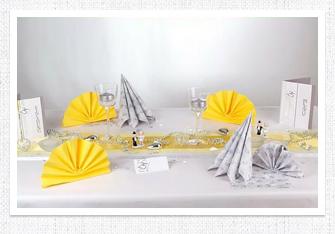 Silberne Hochzeit Tischdeko in Gelb-Silber