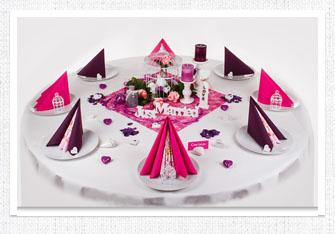 Tischdeko in Pink-Plum