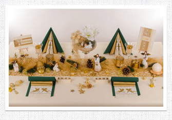 Tischdeko Weihnachten in Gold-Grün
