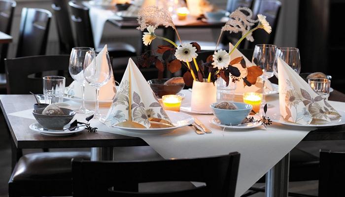 servietten mustertische herbst cietta flower von duni bei. Black Bedroom Furniture Sets. Home Design Ideas