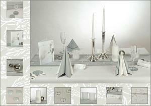 die silber hochzeit mit silberner tischdekoration tafeldeko. Black Bedroom Furniture Sets. Home Design Ideas