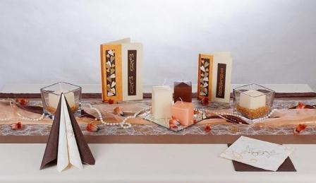Die Hochzeits Tischdeko Gehort Genauso Dazu Wie Ein Tolles