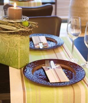 Tischdekoration Landhaus Welche Accessoires Fur Die Landliche