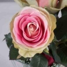 Tischdekoration f r die hochzeit mit rosen tafeldeko - Tischdekoration mit rosen ...
