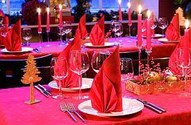tischdeko f r die weihnachtsfeier im verein tafeldeko. Black Bedroom Furniture Sets. Home Design Ideas