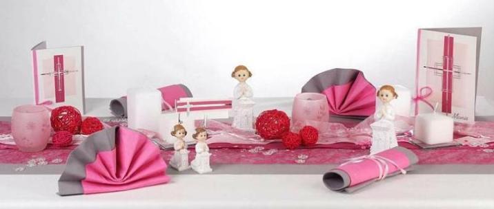 wundersch ne tischdekoration zur konfirmation tafeldeko. Black Bedroom Furniture Sets. Home Design Ideas