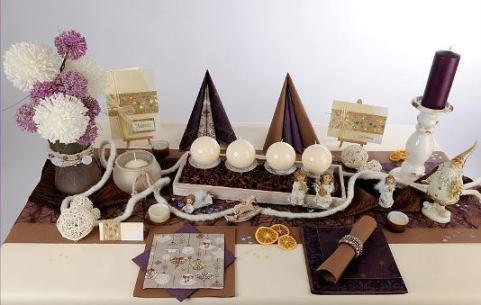 Tischdekoration Zu Weihnachten In Braun Und Aubergine Einfach Toll