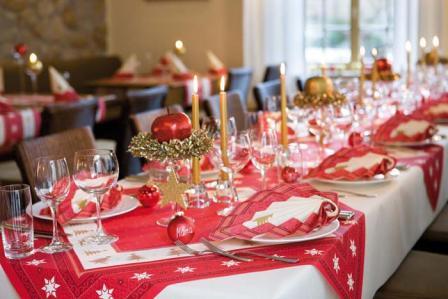 Einladung zum geburtstagsbrunch mit weihnachtlicher for Duni servietten weihnachten