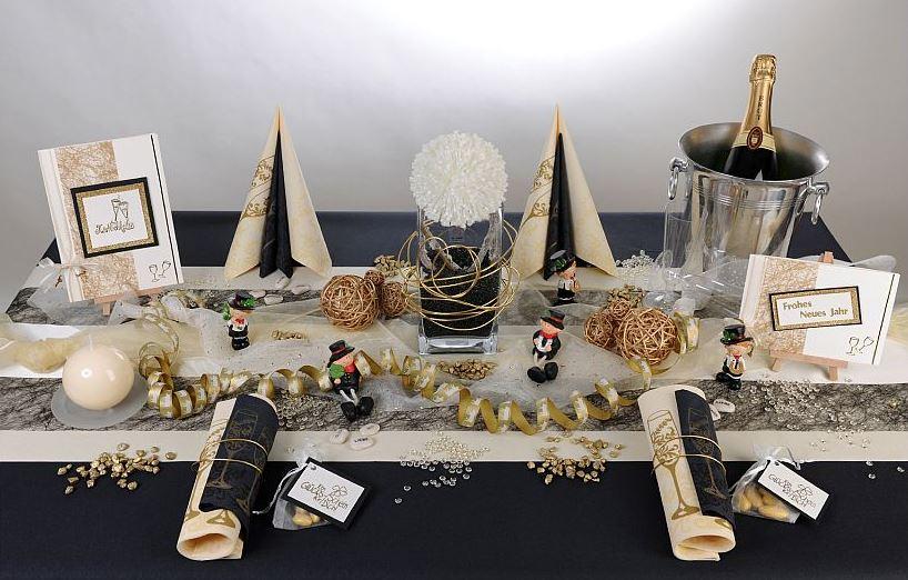 Tischdeko Silvester Mit Schoner Deko Feiern Tafeldeko