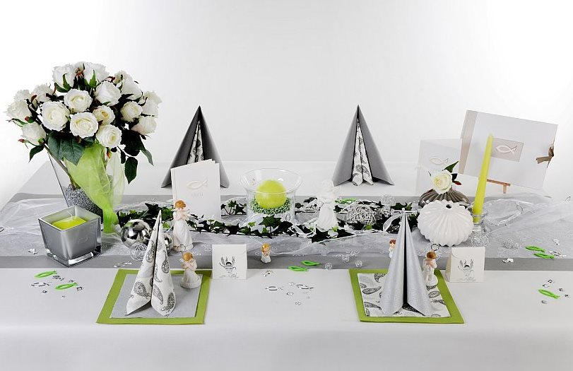 Kommunion Tischdeko in Silber  Tafeldeko