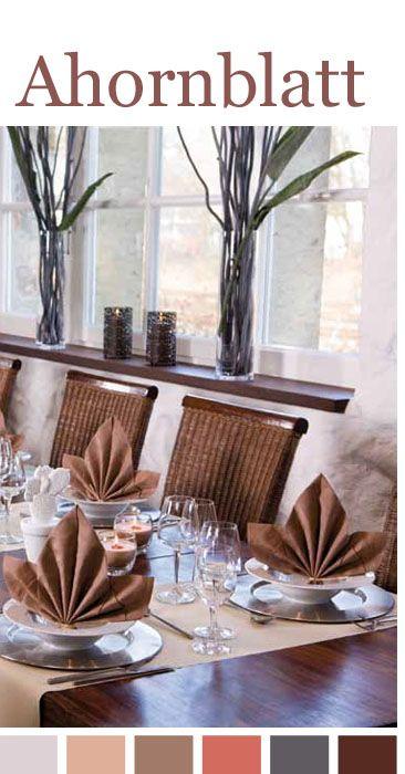 servietten falten falten sie eine serviette zum ahornblatt. Black Bedroom Furniture Sets. Home Design Ideas
