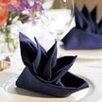 servietten falten servietten falten schritt f r schritt. Black Bedroom Furniture Sets. Home Design Ideas